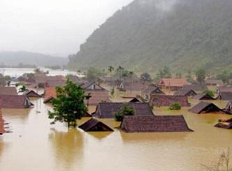 Il viaggio umanitario dopo l'alluvione in Quang Binh
