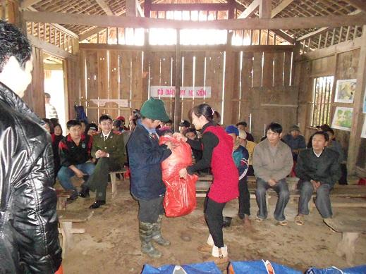 Chào đón Tết cổ truyền ở Phiêng Lang, Hà Giang (01/2012)