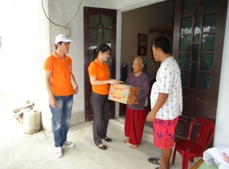 Hilfe für die Opfer des Taifuns Wutip in Quang Tri
